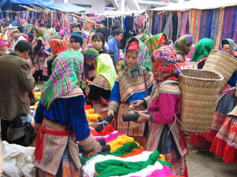vietnam-market-scene-peregrine